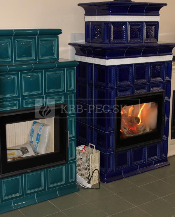 Hein BARACCA OU cisárska modrá keramické kachle s kvalitnou krbovou vložkou krb-pec